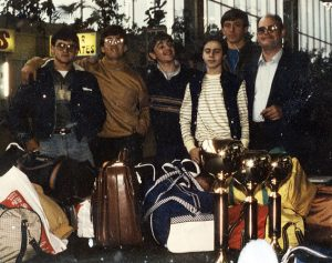 1985 Participaren al Trofeu President i guanyaren les tres copes en disputa com es veu a la foto. Aeroport de Canàries